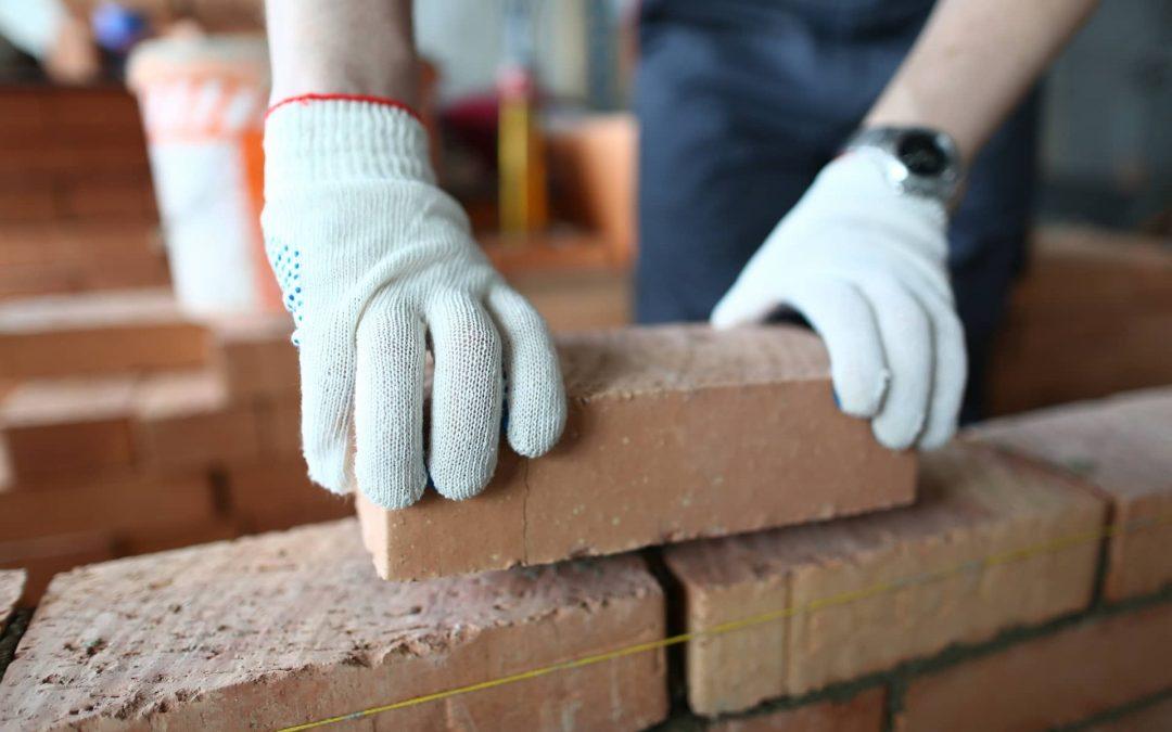 Tout savoir sur le métier de briqueteur-maçon
